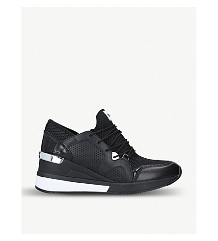 Scout Leather And Mesh Trainers in Black