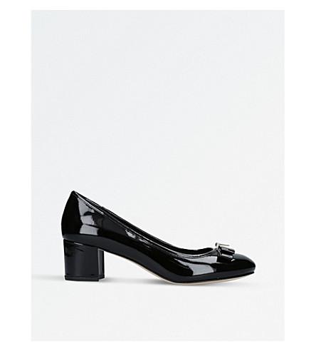 43e11c74cf6 MICHAEL MICHAEL KORS Caroline mid-pump court shoes (Black