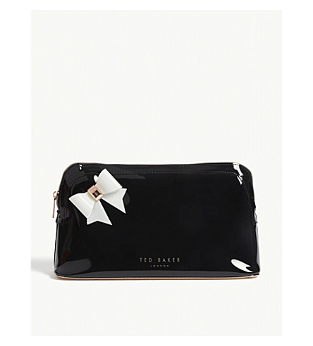 136317e308f976 TED BAKER - Alley bow wash bag