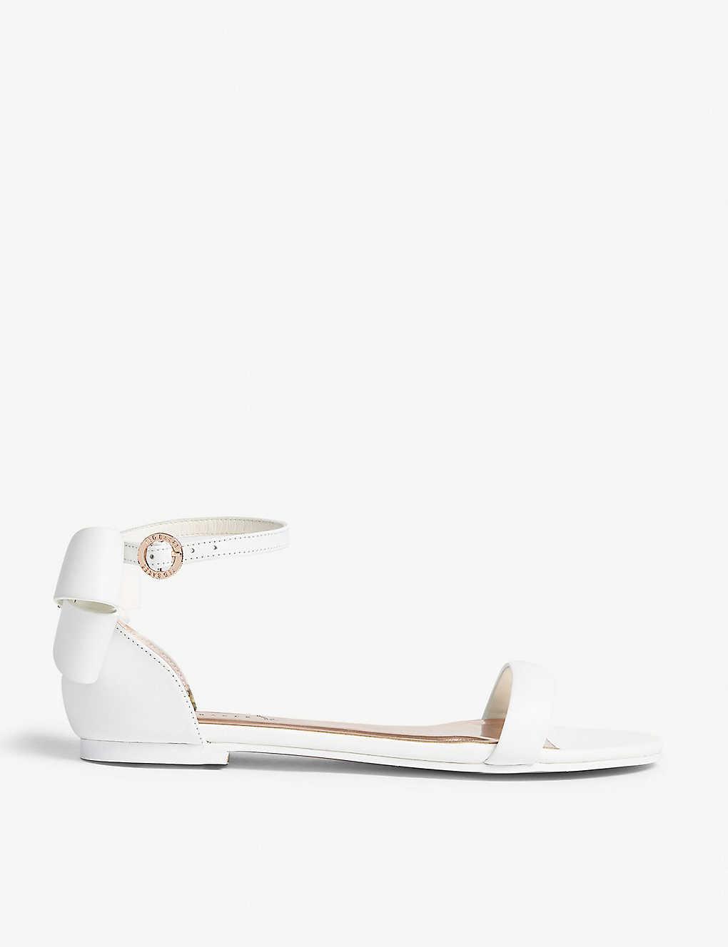 5ca26e52d TED BAKER - Qapries leather flat sandal