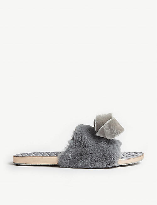 3018802dc2ed TED BAKER - Faux fur oversized bow slippers