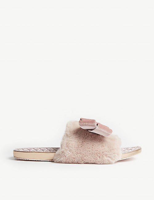 e82b3290fffa TED BAKER - Faux fur oversized bow slippers