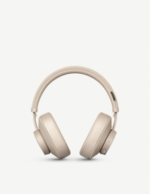 Pampas Over Ear Wireless Headphones by Urbanears