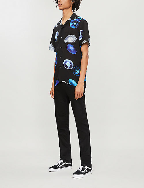 REISS Gleam jelly fish-print woven shirt