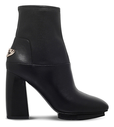 b5cabf9e40f4 TORY BURCH Sidney heeled leather ankle boots (Black