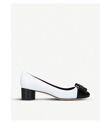 c36f4e61ef SALVATORE FERRAGAMO - Ivrea patent-leather heeled courts ...
