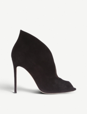 GIANVITO ROSSI Vamp 105 suede heeled ankle boots