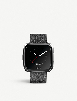 FITBIT Fitbit Versa Smartwatch in Special Edition Charcoal Woven