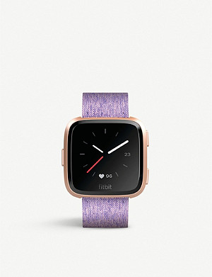 FITBIT Fitbit Versa Smartwatch in Special Edition Lavender Woven