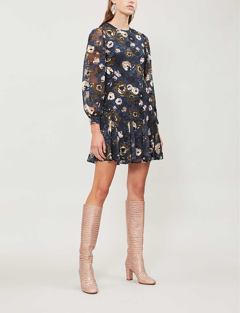 9afd70df395 REISS - Allie floral-appliqué crepe dress