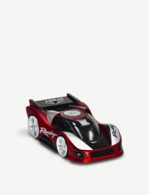 RED 5 Wall Climbing remote-controlled car