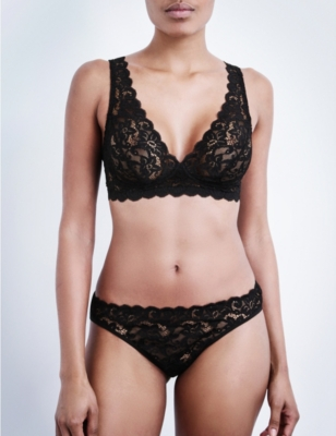 HANRO Moments lace soft-cup bra range