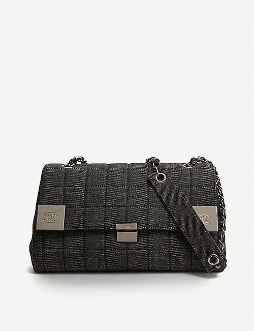 VESTIAIRE Chanel quilted denim shoulder bag