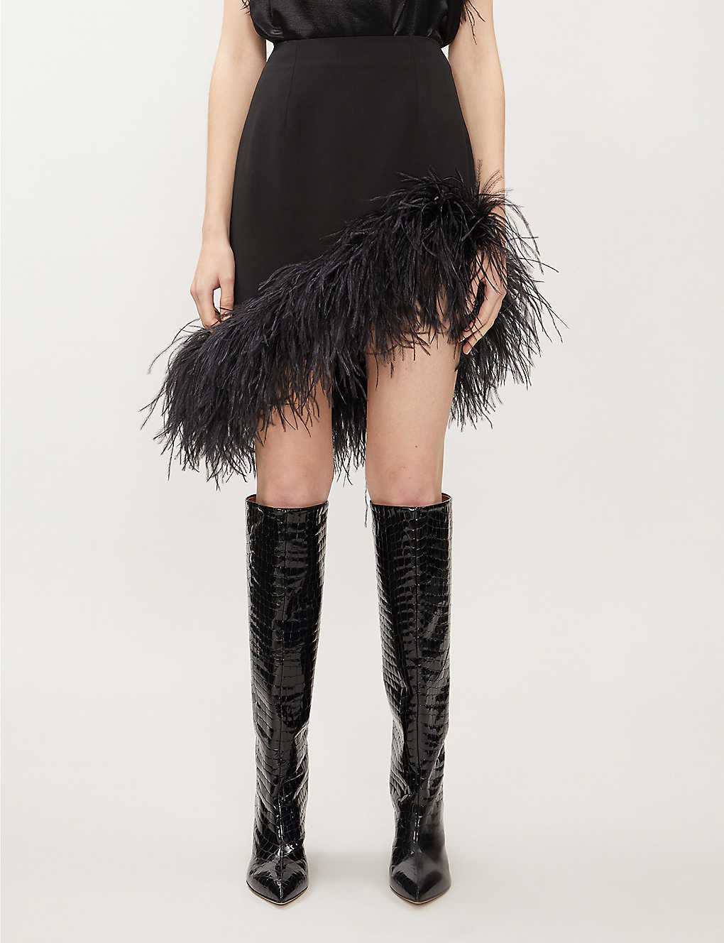 16 ARLINGTON: Vivien feathered crepe mini skirt