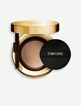 TOM FORD: Traceless Touch Cushion Compact Case