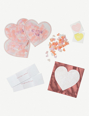 VALENTINES Love heart shaker love notes