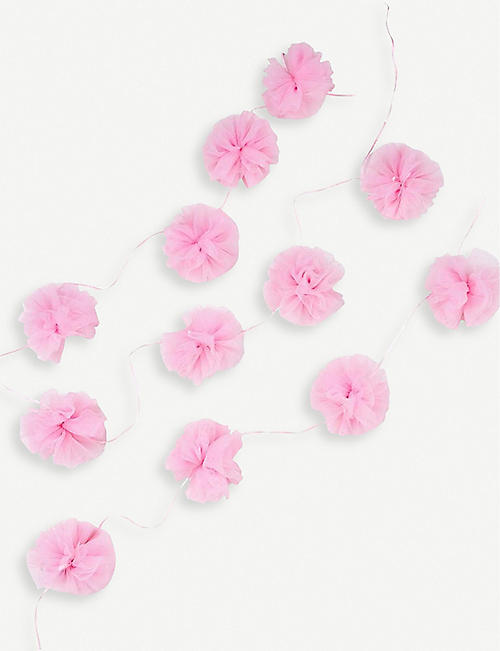 VALENTINES We Heart Pink tulle garland 3m