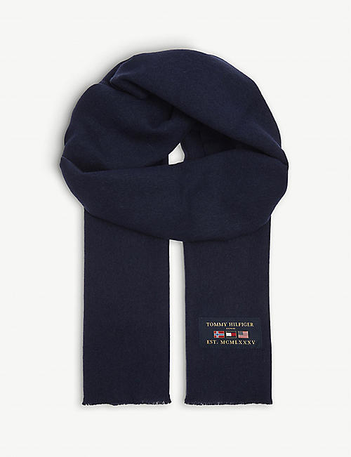 TOMMY HILFIGER Outdoor patch wool scarf
