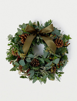THE REAL FLOWER COMPANY Berry, Herb and Foliage Door Wreath