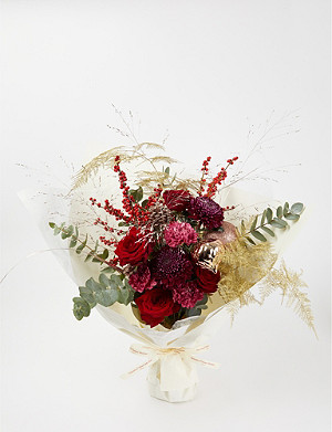 AOYAMA FLOWER MARKET Winter Glow medium bouquet