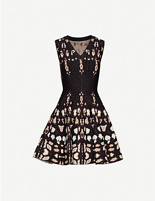 AZZEDINE ALAIA: Graphic-print stretch-knit mini dress