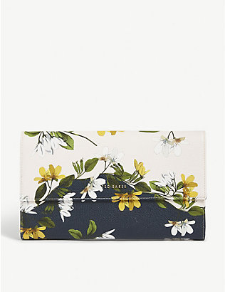 TED BAKER: Jainey Savanna travel wallet