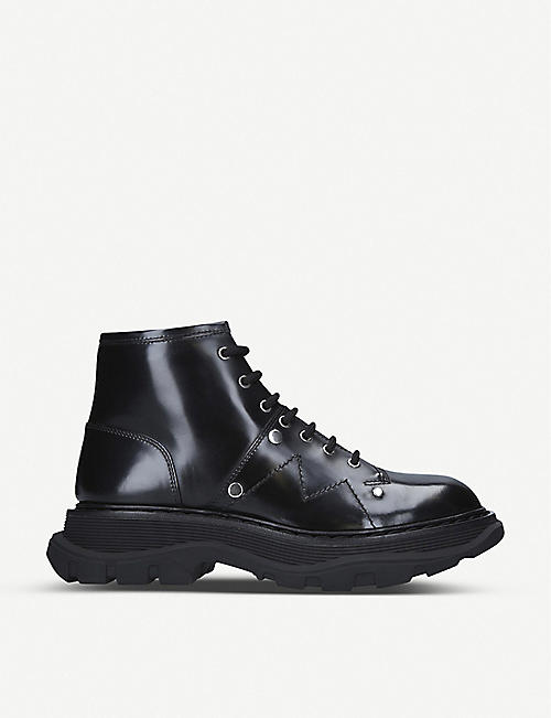 ALEXANDER MCQUEEN: Lace-up patent leather ankle boots