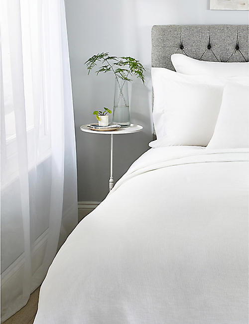THE WHITE COMPANY: Wilton cotton and linen-blend super-king size bedspread 280x260cm
