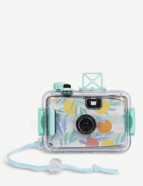 SUNNYLIFE: Underwater Camera in Dolce Vita