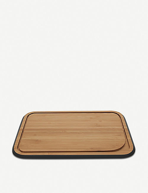 PEBBLY: Bamboo cutting board 25cm