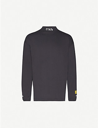 HERON PRESTON: Text-print turtleneck organic cotton-jersey sweatshirt