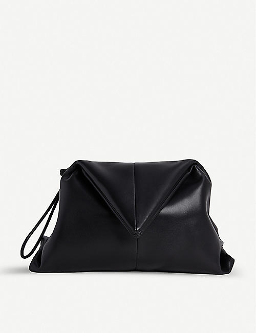 BOTTEGA VENETA Envelope leather wristlet clutch