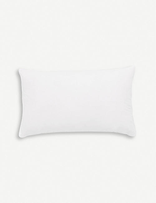 THE WHITE COMPANY: Rectangle cotton duck feather-filled pillow 50cm x 30cm