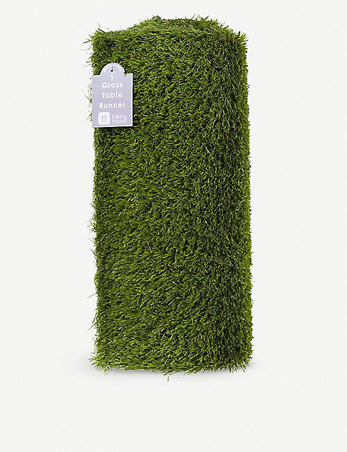 TALKING TABLES Faux-grass table runner 1.5m
