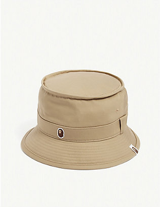 A BATHING APE: Head point cotton bucket hat