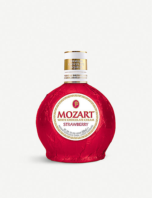 LIQUER: Mozart white chocolate cream strawberry liqueur 500ml