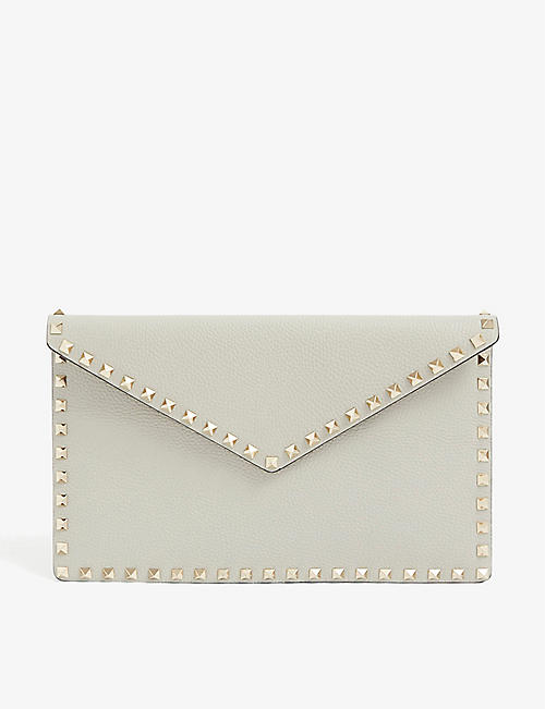 VALENTINO GARAVANI Rockstud envelope leather clutch