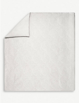 YVES DELORME: Divine cotton-sateen duvet cover