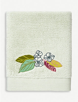 YVES DELORME: Riviera floral-embroidered cotton bath sheet 92cm x 160cm