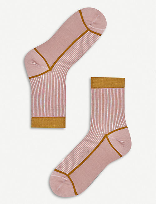 HYSTERIA: Lily knitted ankle socks