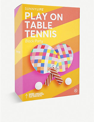 SUNNYLIFE: Block Party Play On Table Tennis set