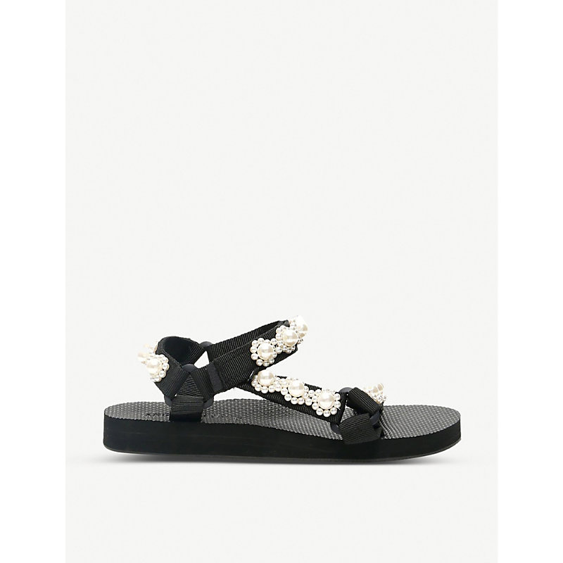 Arizona Love TREKKY CHIC FAUX PEARL-EMBELLISHED WOVEN SANDALS