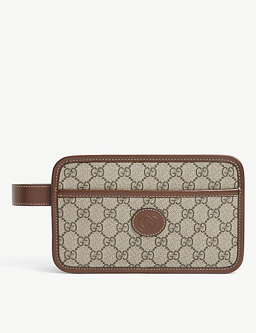 GUCCI: GG Supreme canvas washbag