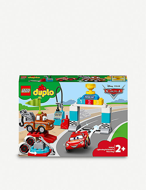 LEGO: DUPLO® 10924 Disney Pixar Cars Lightning McQueen's Race Day Set