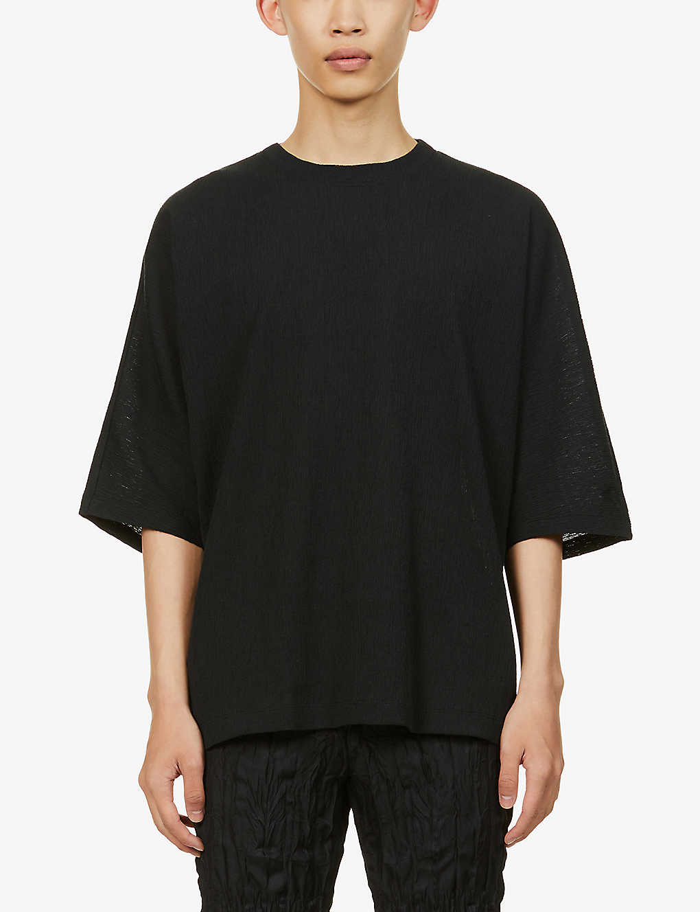 ISSEY MIYAKE: Crewneck relaxed-fit cotton-blend T-shirt