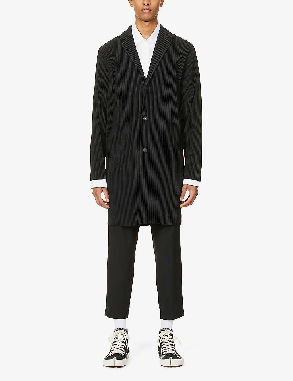 HOMME PLISSE ISSEY MIYAKE: Pleated notch-lapel woven coat