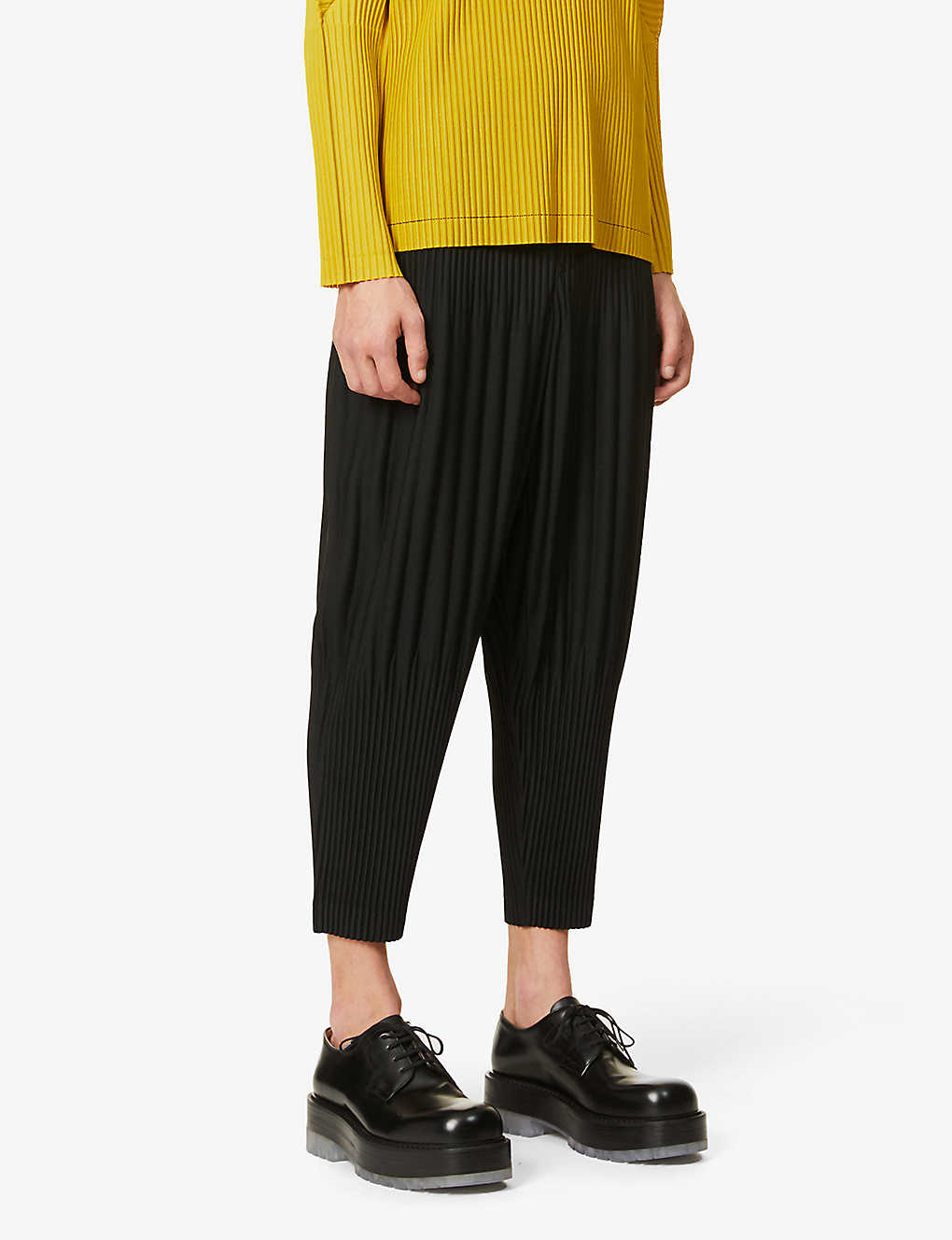 HOMME PLISSE ISSEY MIYAKE: Pleated relaxed-fit tapered woven trousers