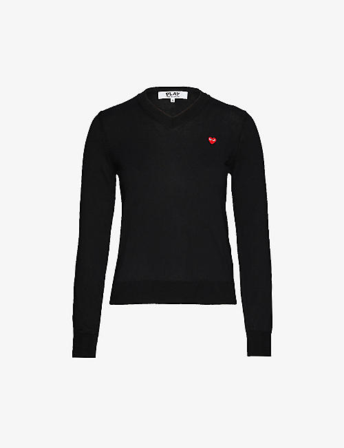 COMME DES GARCONS PLAY: Heart-appliqué V-neck cotton-knit jumper