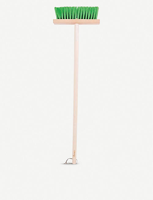 BIGJIGS: Long-handled brush 86cm