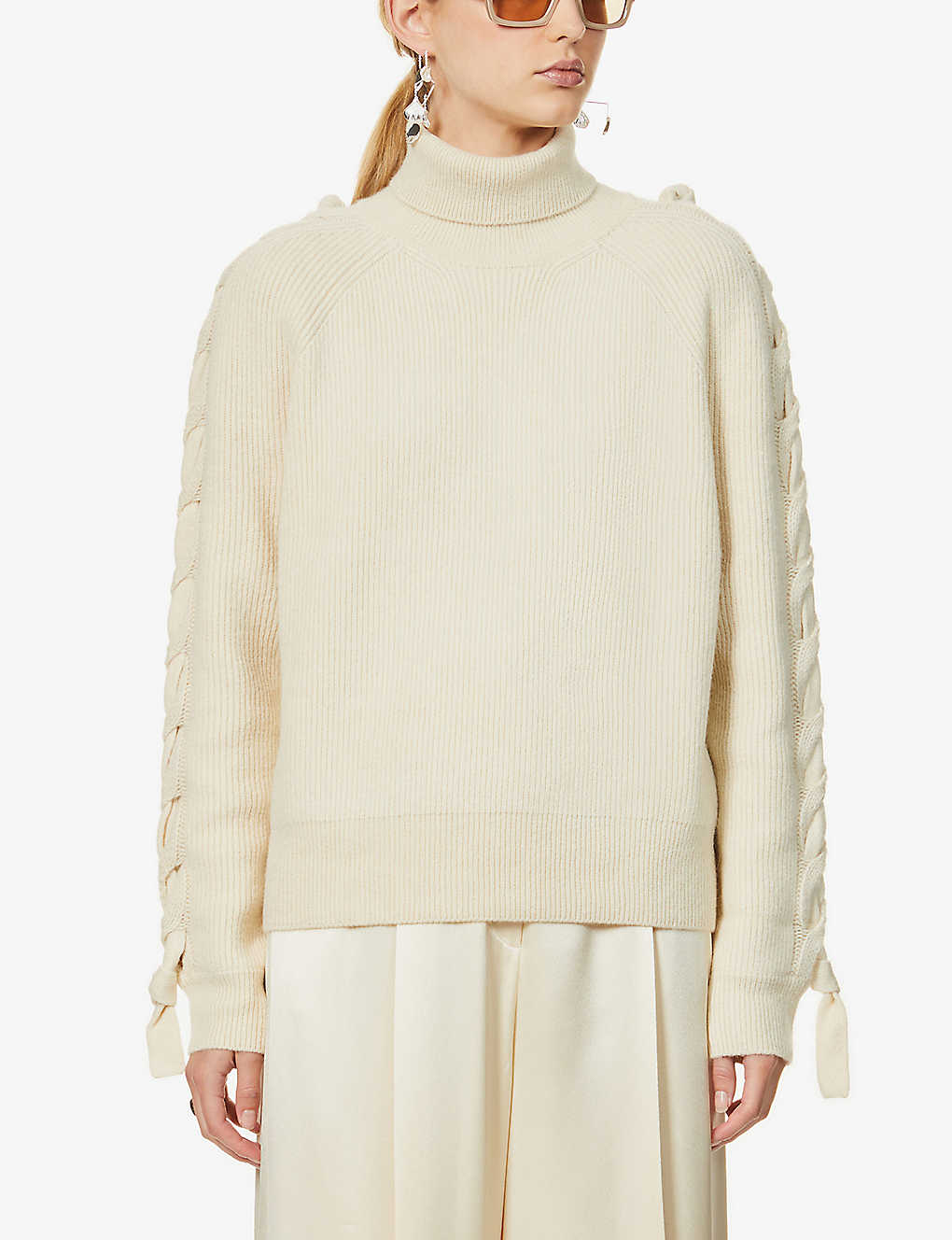 JW ANDERSON: Cable-knit panel wool-blend jumper